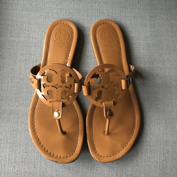 ab9bb902df897a Tory Burch SAND PATENT MILLER sandals thong 8 tan